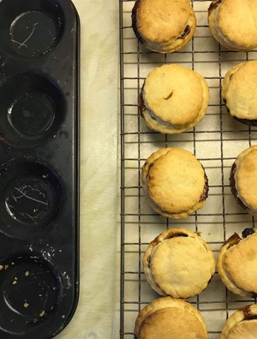 Recommended serving suggestion 2 Large Mince Pies with a dollop of home made Brandy Butter